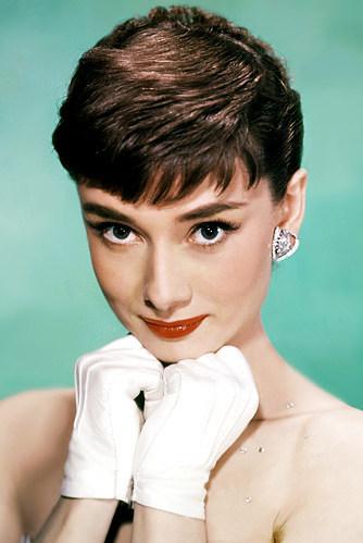 011713-Audrey-Hepburn-400